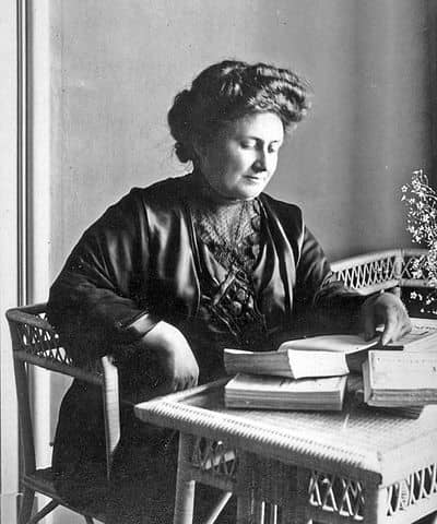 Photograph of educator Maria Montessori