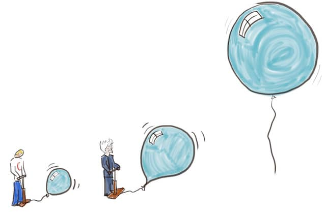 Drawing of developer and business expert inflating a bubble together. The bubble context is a way to incrementally grow a large scale refactoring from within the software