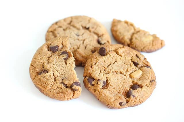 Photo of a few cookies. Food is a great addition to a DDD Event Storming. Attendees will praise you for it.